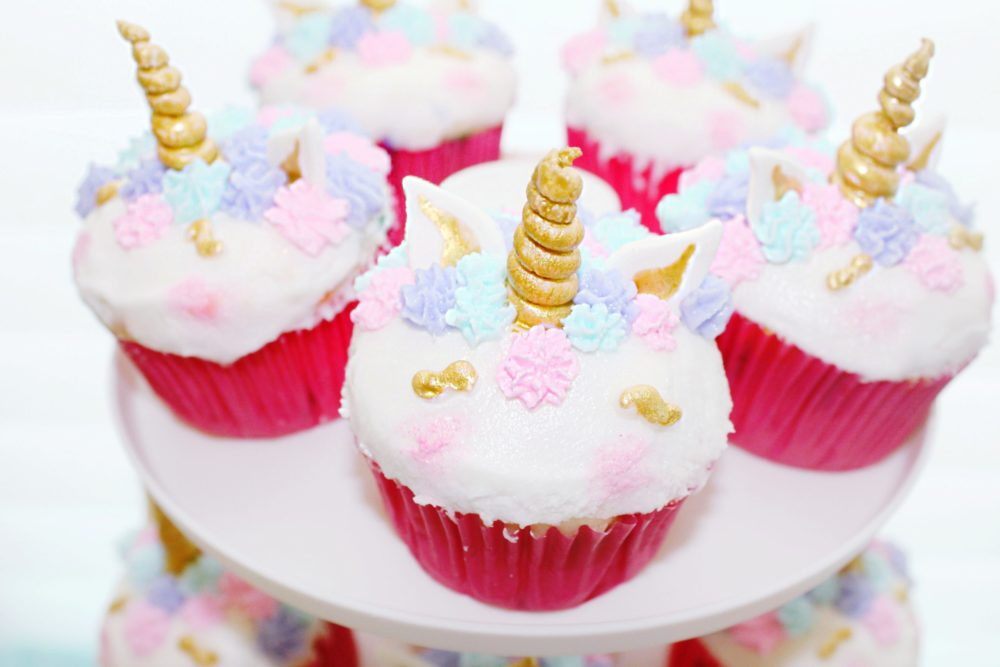 Unicorn cupcakes unicorn cake easy unicorn birthday party ideas best unicorn first birthday party images unicorn centerpiece ideas
