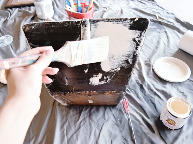 DIY how to chalk paint wood basket easy fall centerpiece tutorial