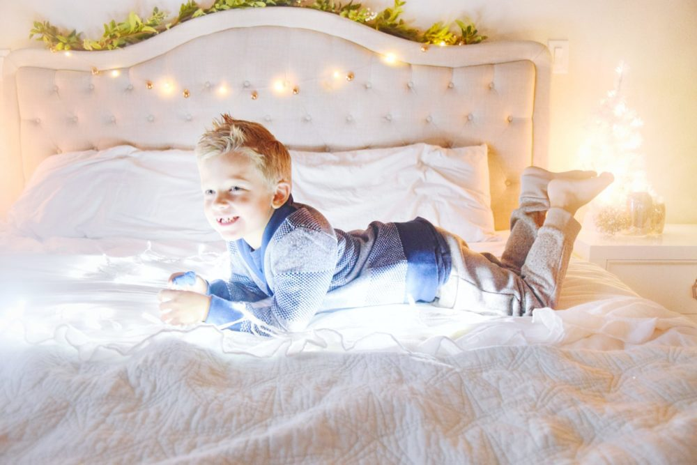 Twinkle Light Christmas Pictures with OshKosh
