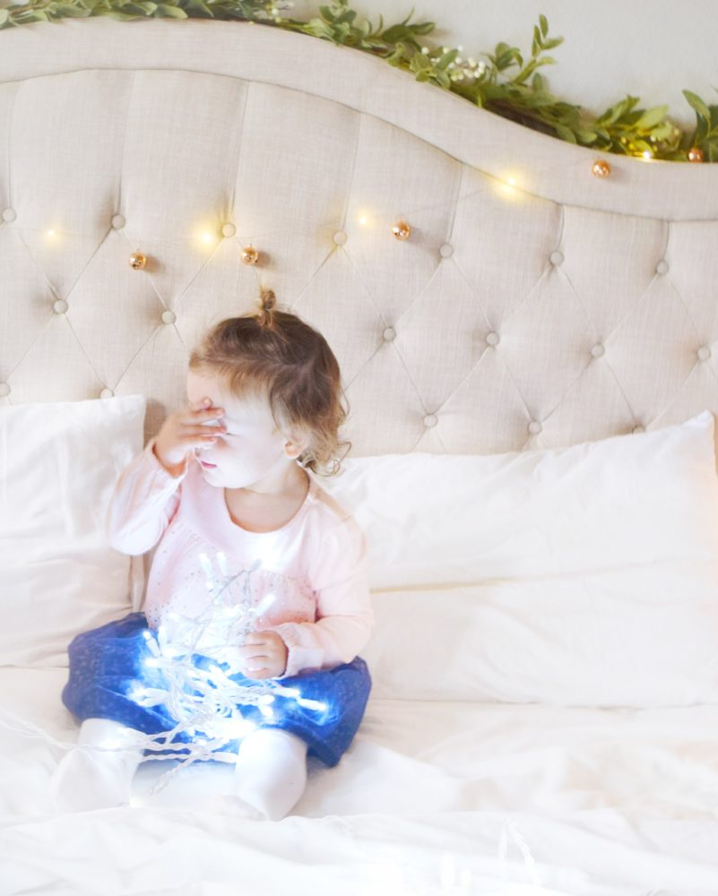 Family Christmas Pictures with twinkle lights