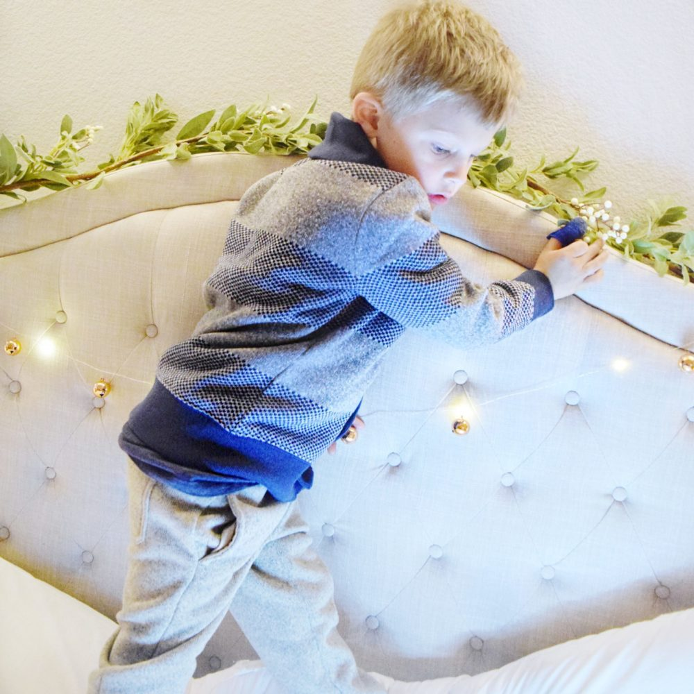 Twinkle Light Christmas Pictures Kid Holiday Picture Ideas