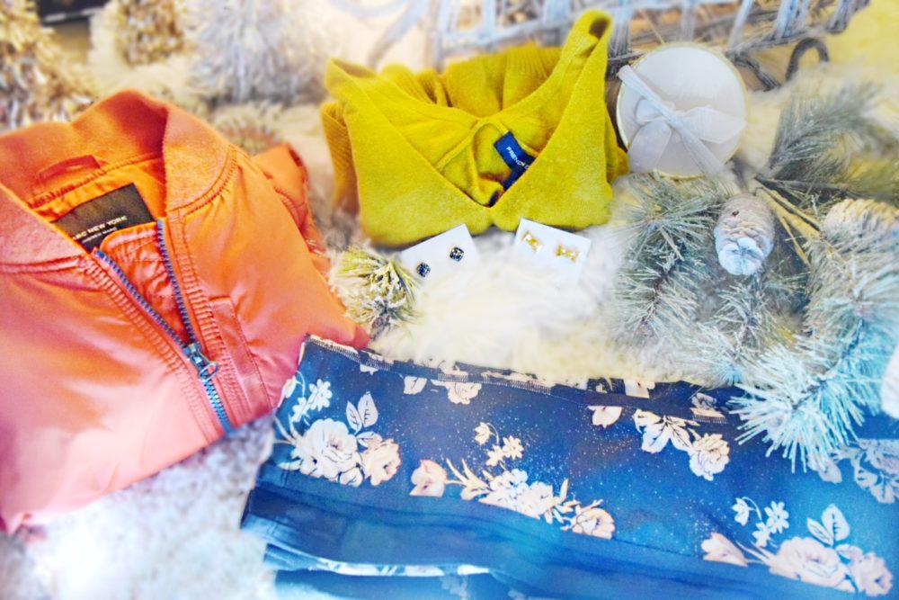 Le Tote Fashion Subscription Box Gift Idea