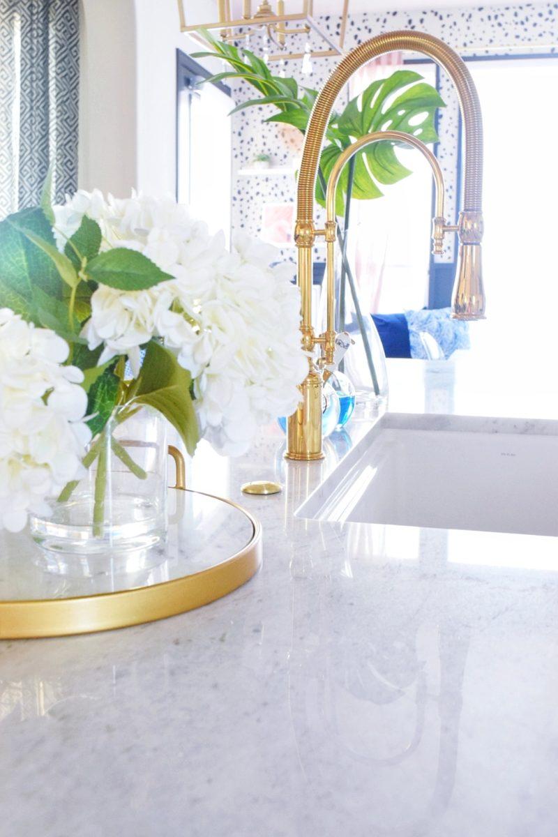 Modern Coastal Kitchen Colorful Kitchen Design Ideas Tropical Decor Marble Countertops Kitchen Remodel Farmhouse Sink Gold Kitchen Faucet Brass Faucet Colorful Kitchen Colorful Decor Modern Kitchen Decorating Ideas