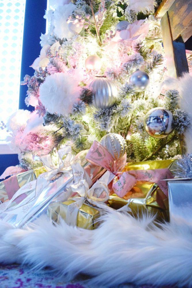 DIY no sew christmas tree skirt faux fur christmas tree skirt faux fur throw blanket tutorial rose gold christmas tree pink christmas ornaments