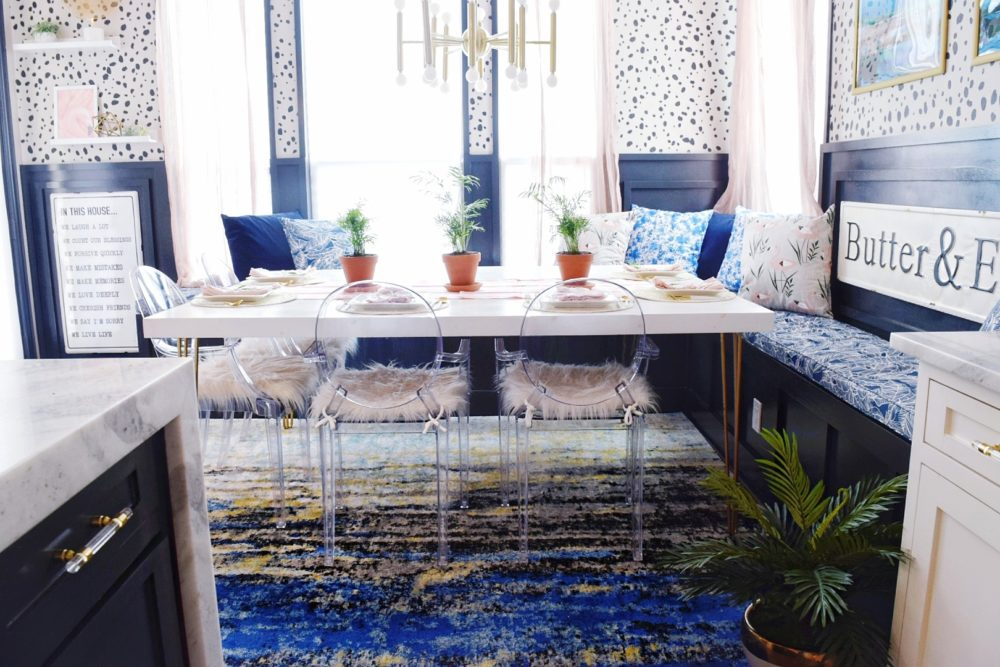 coastal kitchen decorating ideas for spring with simple spring table decorations for breakfast nooks and kitchen tables