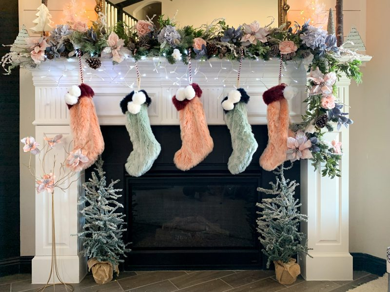 how do you make a christmas mantel garland?