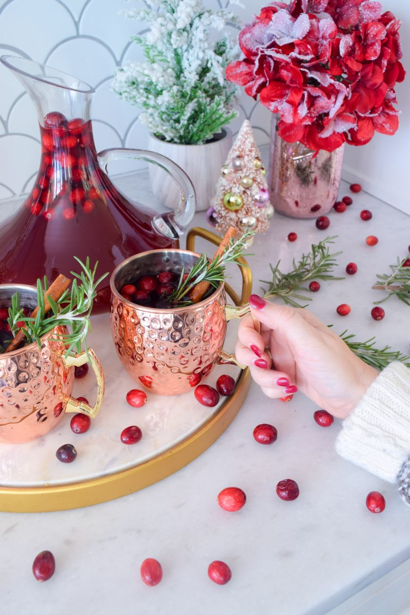 How to make a wassail alcoholic drink - winter wassail christmas cocktail