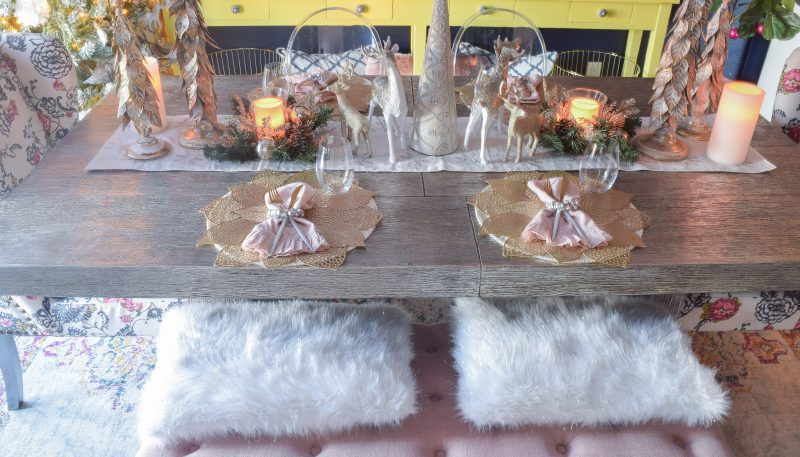 christmas table decorations and place settings