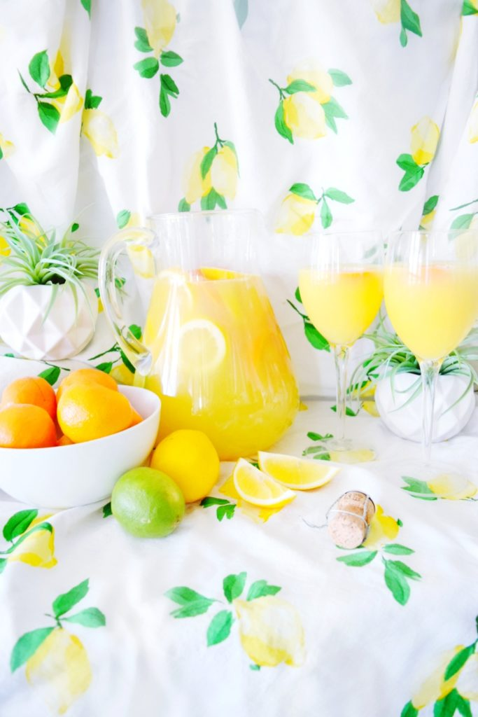 Best. Mimosas. Ever. 3 Recipes for Mother's Day Brunch Best. Mimosas. Ever. Mango Mama Mimosa AKA Mom-osa Momosa Mother's Day Brunch Recipes What to Make for Mother's Day Mouth Watering Mimosas Swoon Worthy Mimosas