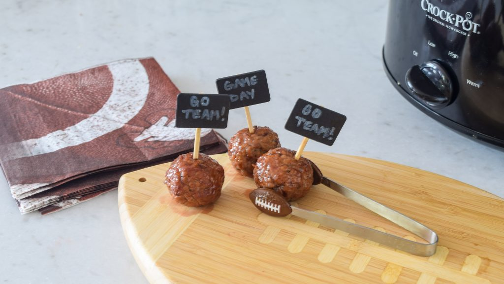 super bowl snacks slow cooker meatball recipe