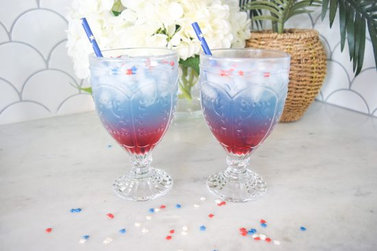 how to make a red, white and blue alcoholic drink