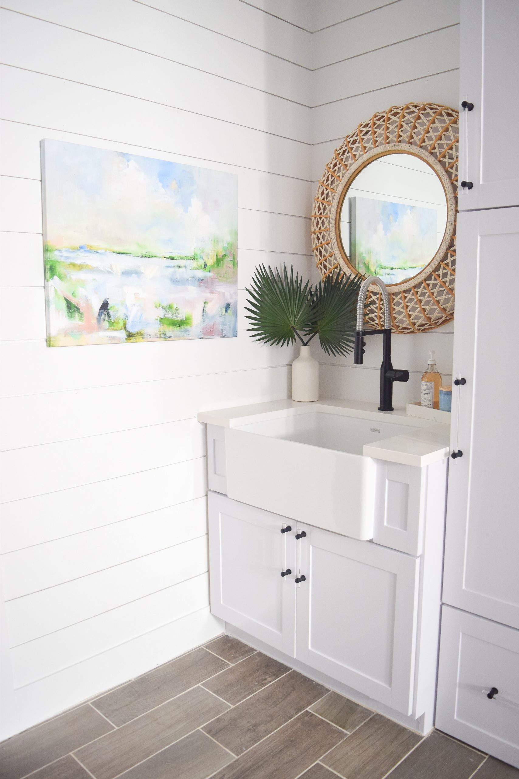 Home plans with larger laundry rooms