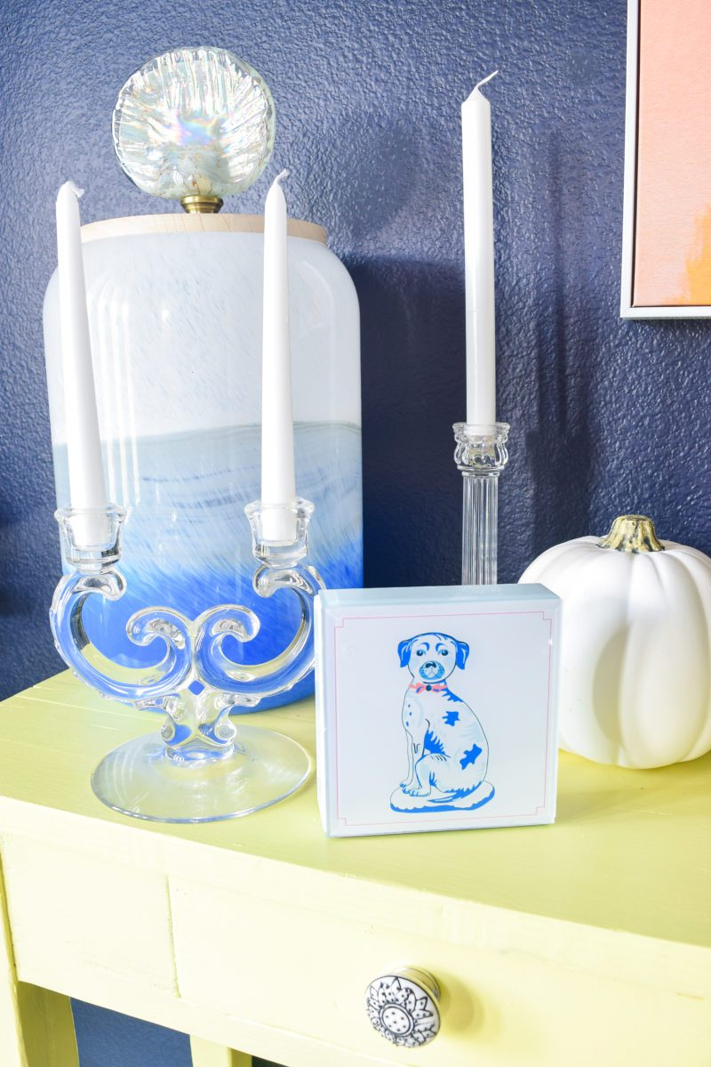How do you decorate with blue and white?