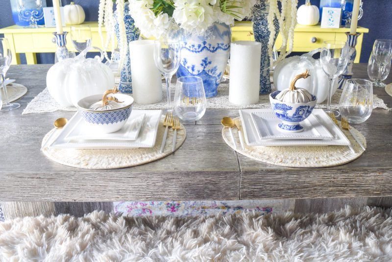 blue and whitetable setting ideas