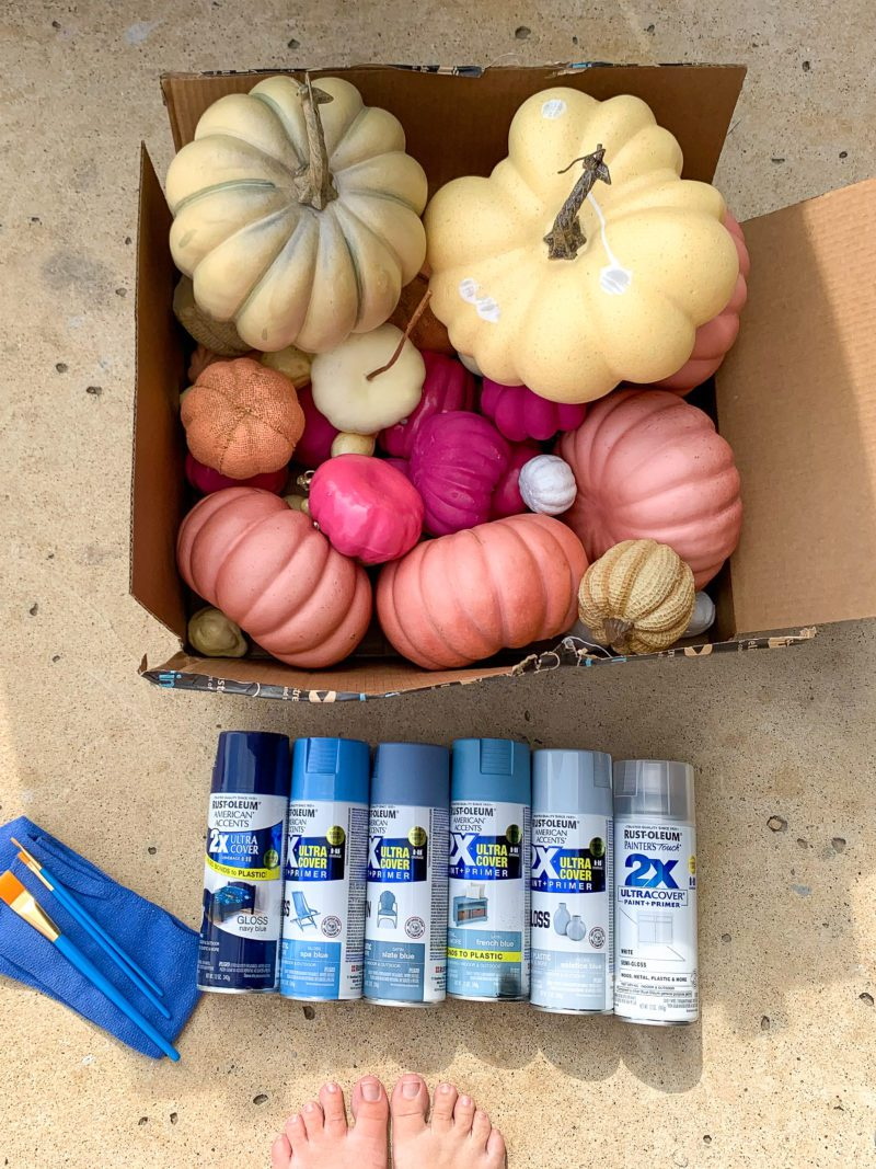 How to paint pumpkins with spray paint - the easy way!