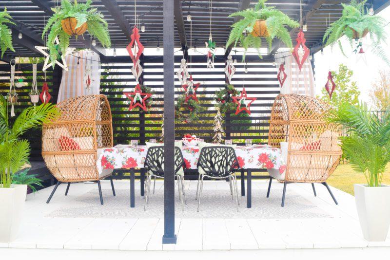 outdoor Christmas deck decor ideas