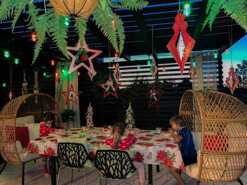 outdoor deck Christmas decor