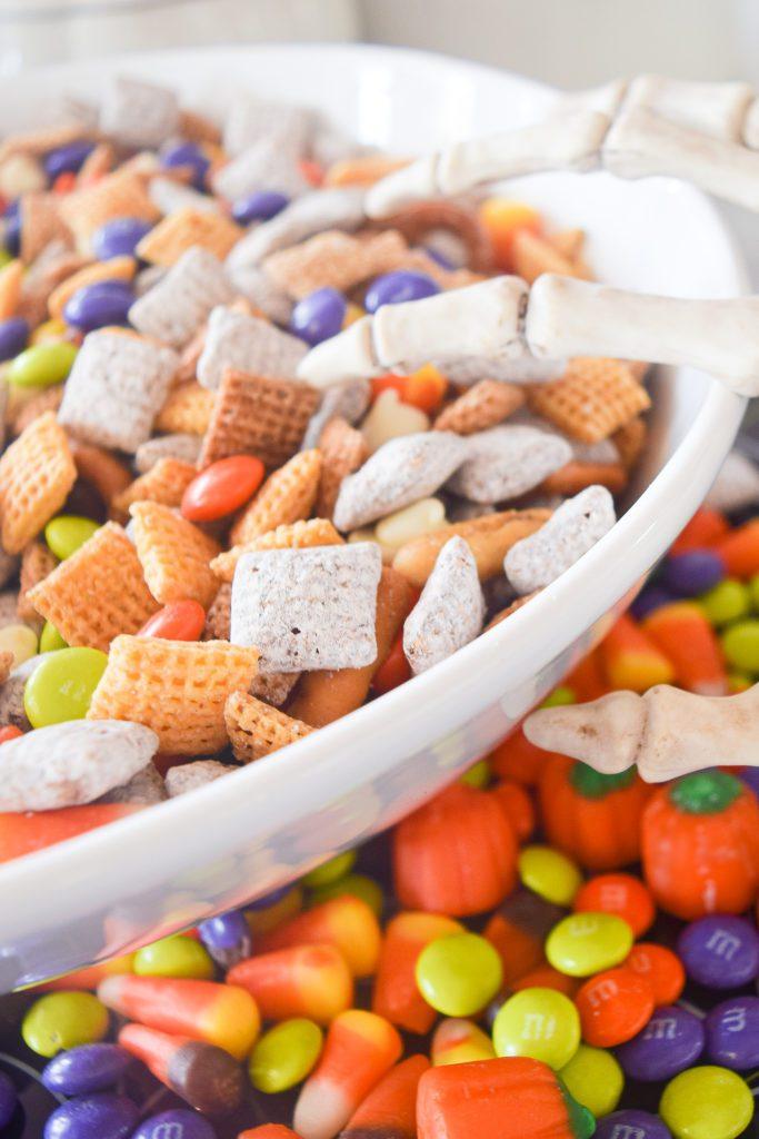 Halloween movie snacks